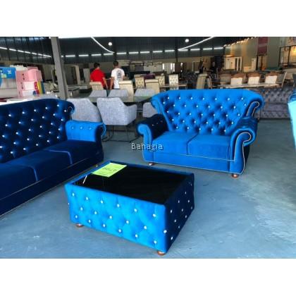 Royale Sofa Set